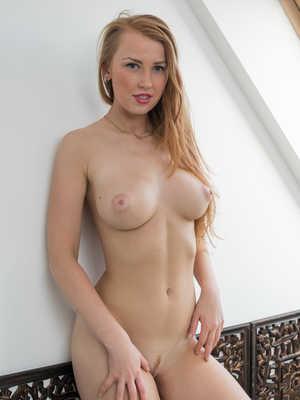 Think, that babe beautiful naked something